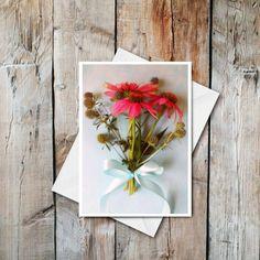 """Wildflower bouquet 🍃 \n▪︎\n▪︎\n▪︎\n@paperbirchart \n\n#etsyshop #etsyfinds #etsyforall #etsysellersofinstagram #etsyfinds #etsygifts #blankcards #anyoccasioncards #shopsmallshop #madeincanada #shopcanadianmade #shoplocal #paperbirchart #cardshop #stationery"""