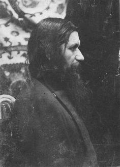 "Grigorij Efimovich Rasputin in ""AL"" Tsar Nicholas Ii, Imperial Russia, Family Album, Beautiful Family, Conte, Anastasia, The Past, Black And White, Photos"