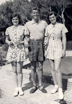 1938   JFK , wearing espadrilles  with sisters Patricia and Eunice