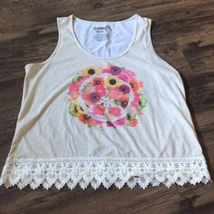 Floral and lace crop top Perfect for festival season!! Lace trim crop top with floral print on the front. Only worn once and still in new condition Festival free Tops Crop Tops