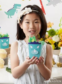 Whether you plan to have a movie party screening favorite dino films, or you want something a little different for party favor bags, the Dinosaur Popcorn Favor Box is sure to be a big hit! Each set comes with 12 favor boxes, ideal for parties of any size. Party Favor Bags, Favor Boxes, Dino Film, Birthday Favors, Birthday Parties, Kate Aspen, Movie Party, Dinosaur Birthday, Popcorn