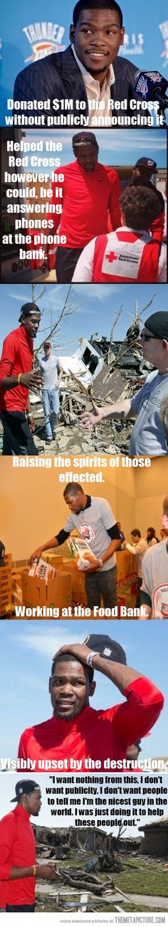 Good guy Kevin Durant helping after the Moore Tornado� Still lots of good people in the world!