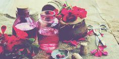 ΤΡΙΑΝΤΑΦΥΛΛΟΛΑΔΟ : ΑΠΟ ΤΑ ΠΕΤΑΛΑ ΤΟΥ ΤΡΙΑΝΤΑΦΥΛΛΟΥ !!!! - MPOUFAKOS.COM Alcoholic Drinks, Wine, Glass, Drinkware, Corning Glass, Liquor Drinks, Alcoholic Beverages, Liquor, Yuri