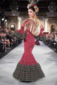 Carmen Acedo - We Love Flamenco 2018 - Sevilla Flamenco Dresses, Costumes Around The World, Our Love, Design Inspiration, Lingerie, Abaya Fashion, Clothing Patterns, Outfits, Style