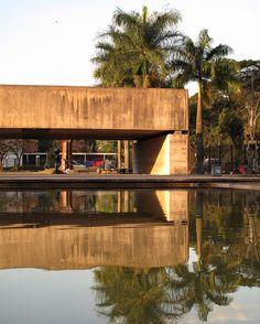 Museu Brasileiro de Escultura (MuBE)   Paulo Mendes da Rocha   Image © Paul Clemence
