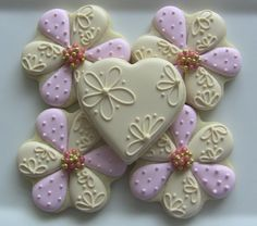 One Dozen Elegant Flower Decorated Sugar Cookies For Wedding, Anniversary, Engagement Party, Shower, Birthday Or Any Special Occasion Summer Cookies, Fancy Cookies, Valentine Cookies, Iced Cookies, Cute Cookies, Easter Cookies, Royal Icing Cookies, Cookies Et Biscuits, Birthday Cookies