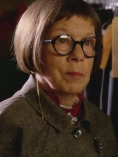 She's Hetty. She's Grandmother Willow. She knows all. She sees all.