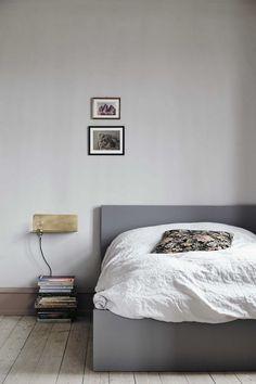 Book-Must-Have: The Kinfolk Home — Herz und Blut - Interior | Design | Lifestyle | Travel Blog Grey And Gold Bedroom, The Kinfolk Table, Braun Design, Design Blog, Design Styles, Slow Living, Bedroom Styles, My New Room, Decoration