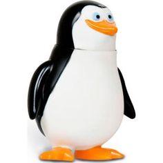 Boneco Bandeirante Madagascar 3 - Pinguim Private, diversão garantida com os personagens favoritos!