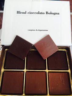 Troviamo un nome al nuovo Blend Cioccolato Bologna. Ideato e realizzato dal maestro pasticcere Renato Zoia, il cioccolatino speziato è alla riceerca di un nome.  Partecipate al contest seguendo le indicazioni sul nostro sito: https://www.cioccoshow.it/dai-un-nome-al-blend-bologna/  e i protagonisti diventerete voi.