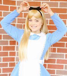 Alice Cosplay, Alice Costume, Alice In Wonderland Pictures, Disney Princesses, Disney Characters, Princess Academy, Disney Parks, Bears, Cinderella