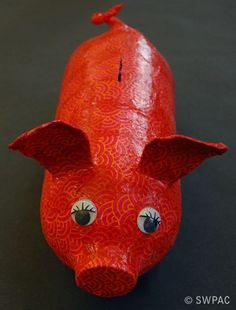 recycled art - plastic bottle piggy bank by Sylvia
