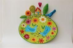 קערה מצוירת עם זוג ציפורים מעיסת נייר  לתליה 40סמ רוחב על 50 סמ גובה  Papietagem