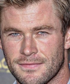 Chris Hemsworth, 34 #chrishemsworth #celebrity