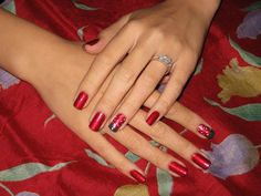 How to paint strawberry nail art