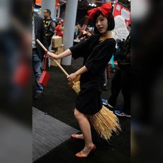 Kiki's Delivery Service #cosplay!  #animecosplay #animecosplay #NYCC #NYCC2015 #HayaoMiyazaki #studioghibli