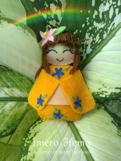 Kawaii orange felt doll Felt Dolls, Cotton Fabric, Kawaii, Orange, Christmas Ornaments, Holiday Decor, Home Decor, Decoration Home, Room Decor