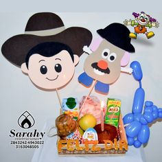 Mickey Mouse, Birthdays, Woody, Bows, Disney Characters, Chocolate, Paper, Kids Birthday Breakfast, Kids Birthday Surprises