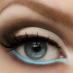A touch of blue #liner #eyemakeup