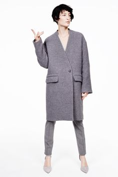 Nili Lotan Fall 2015 Ready-to-Wear Fashion Show Look Fashion, World Of Fashion, Winter Fashion, Fashion Show, Fashion Outfits, Fashion Design, Catwalk Collection, Couture Collection, Unisex Looks