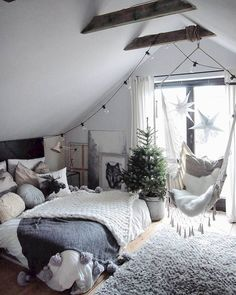 6 Easy And Cheap Ideas: Minimalist Bedroom Decor Grey minimalist decor living room house tours.Minimalist Home Decorating Ideas minimalist bedroom organization house.Minimalist Home Ideas Window. Room Ideas Bedroom, Home Decor Bedroom, Bedroom Designs, Bedroom Apartment, Swing In Bedroom, Cool Bedroom Ideas, Bedroom Hammock, Bedroom Inspiration Cozy, Cozy Apartment