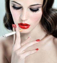 Bad Girls Smoking Lounge — 🚬🔥💋