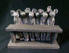 Sophie Favre. Ligne de souris . 21 x 28 cm. Terre cuite.