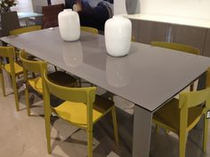 Calligaris table and chairs Table And Chairs, Tables, Dining Room, Dining Table, Table Furniture, Kitchen, Home Decor, Mesas, Cooking