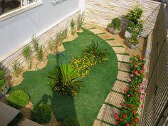Modelos de jardins residenciais para frente de casa Decorando Casas Modelos de jardim Jardins residenciais Jardins pequenos