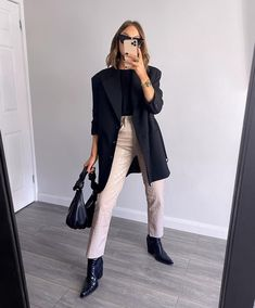 Simple Outfits, Classy Outfits, Barbie Dream, Black Blazers, Autumn Winter Fashion, Fashion Forward, Winter Outfits, Your Style, Normcore