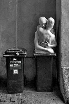 sculpture on a bin Art Sculpture, All That Matters, Black And White Photography, Contemporary Art, Art Photography, Illustration Art, Illustrations, History, Gallery