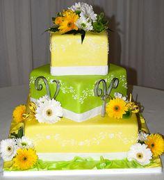 lovely wedding cake    #WeddingCakes #Weddings
