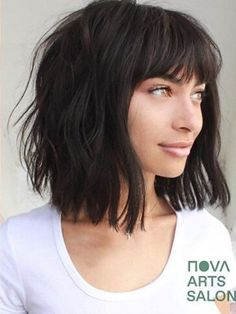 Edgy Haircuts, Round Face Haircuts, Haircuts With Bangs, Inverted Hairstyles, Modern Bob Hairstyles, Trending Haircuts, Shoulder Length Hair With Bangs, Chin Length Hair, Short Hair Trends
