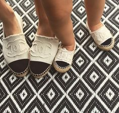 Chaussure CHANEL : Chanel espadrilles and the adorable baby version Steve Madden Schuhe, Sneakers Balenciaga, Charlie Brear, Espadrilles Chanel, Designer Espadrilles, Chanel Flats, Chanel Chanel, Fashion Shoes, Kids Fashion