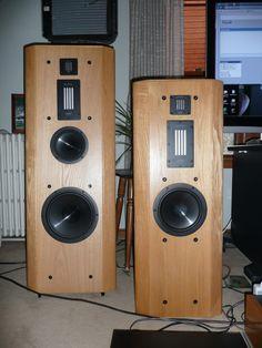Infinity Renaissance High End Speakers, Home Speakers, High End Audio, Audiophile Speakers, Hifi Audio, Audio Speakers, Infinity Reference, Audio Room, Loudspeaker