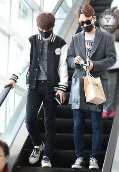 141114- EXO D.O (Do Kyungsoo) and Chen (Kim Jongdae); Fukuoka Airport to Incheon Airport #exok #exom #korean #men #fashion #style #kfashion