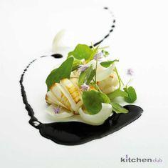 Sepia a la plancha con salsa negra - Grilled cuttlefish with black sauce