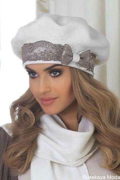 Internet-shop for Girls and Women: The Polish women's clothing, Knitted hats, ekosumki - Beret EMANUELA, KAMEAKamea Konstancja z koronką cudna czapkaReady-to-wear Turban - Mink - Ayşe Türban TasarımThe new Ascot Elegance! Fancy Hats, Cute Hats, Fascinator Hats, Headpiece, Knitted Hats, Crochet Hats, Hat Patterns To Sew, Turban Style, Dress Hats