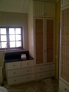 Doors with woven insert for ventilation Built In Cupboards, Armoire, Doors, Bedroom, Building, Furniture, Home Decor, Clothes Stand, Decoration Home
