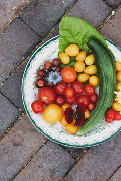 Just tän takia kasvatan näit joka vuosi. Grow Your Own, Tomatoes, Organic, Vegetables, Healthy, Garden, Blog, Outdoor, Outdoors