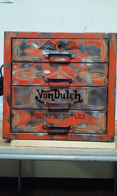 Pinstriping and lettering done by me for Vondutch.
