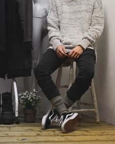 The latest men's fashion including the best basics, classics, stylish eveningwear and casual street style looks. Shop men's clothing for every occasion online Indie Outfits, Teen Fashion Outfits, Mens Fashion, Girl Fashion, Black Outfits, Fashion Black, Stylish Outfits, Fashion Art, Runway Fashion