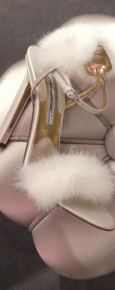 My closet would absolutely have these beautiful slippers (with the matching robe, of course).
