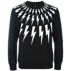 Neil Barrett lightning bolt print sweatshirt ($445) ❤ liked on Polyvore featuring men's fashion, men's clothing, men's hoodies, men's sweatshirts, black, mens crewneck sweatshirts and mens crew neck sweatshirts