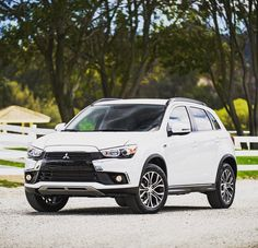 A car like this deserves a new look. Check out the #2016OutlanderSport by clicking the link in our bio.