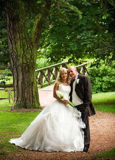 Aldwark Manor Wedding Photography Yorkshire Wedding Photographers, Studios in Harrogate & Hull. Husband & Wife Wedding Photographers covering all Yorkshire