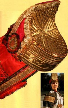 """""""Soroka"""" is a wedding headdress of a peasant woman from Biruchensk Region, Voronezh Province, Russia. Early 20th century. An authentic specimen from a museum collection. #Russian #folk #national #costume"""