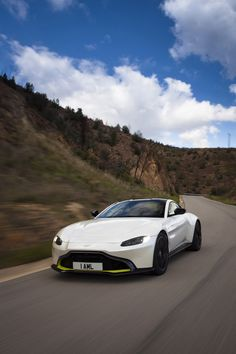 Check out the new Aston Martin Vantage in both black and white in this extensive gallery of 338 images. New Aston Martin, Aston Martin Cars, Aston Martin Vantage, Eco Friendly Cars, Lifted Ford Trucks, Cars And Coffee, Car Ford, Expensive Cars, Bugatti Veyron
