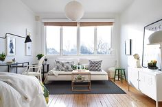 tiny apartment in Sweden Home Decor Inspiration, Home And Living, Home Living Room, Apartment Decor, Studio Apartment Design, Home, Interior, Apartment Design, Home Decor