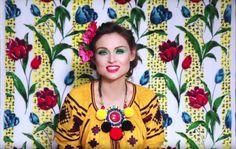 'Come With Us' : Sophie Ellis-Bextor dévoile son nouveau clip haut en couleurs